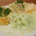 Okurkový salát s koprem a smetanou