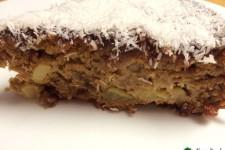 Jablečný litý koláč s hrozinkami