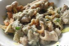 Těstoviny s pikantní fazolovou omáčkou