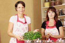 jj-v-kuchyni-eva-helena-1280