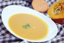 Krémová polévka z dýně a batátů